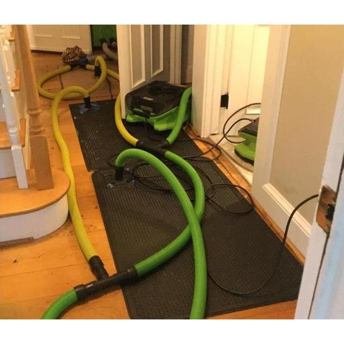 Floor Mat Drying System for Hardwood Floors